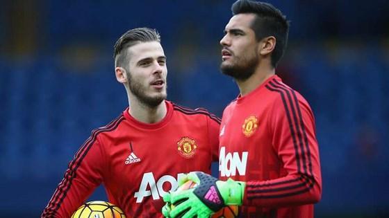 Man United đã tìm thấy người thay thế De Gea Ảnh 1