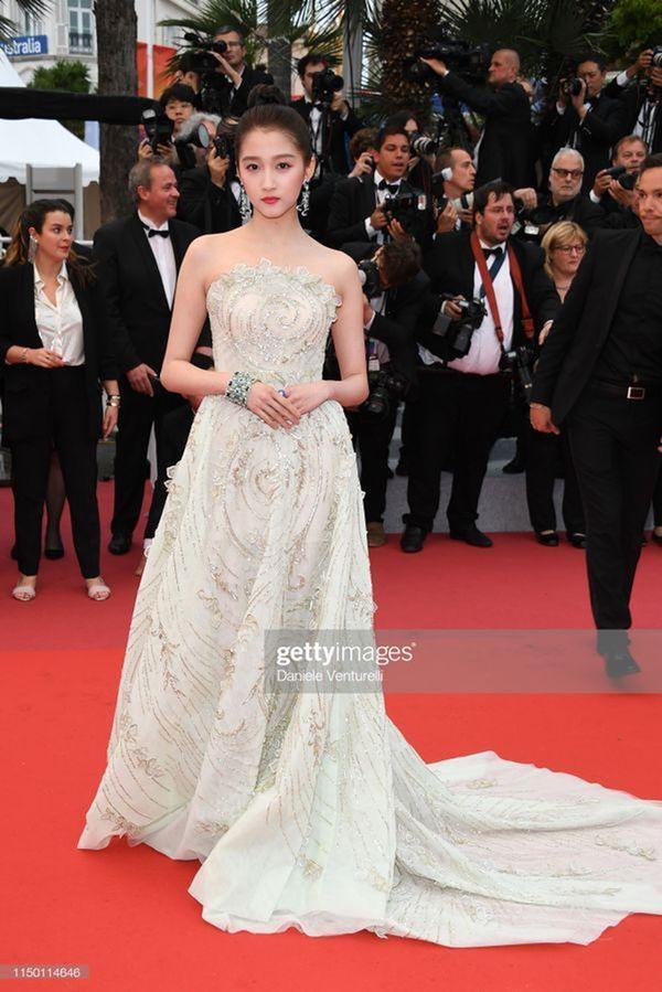 Loạt mỹ nhân 'vớt vát' hình ảnh cho Trung Quốc tại thảm đỏ Cannes 2019 Ảnh 6