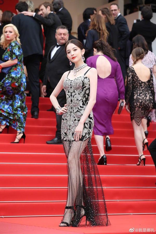 Loạt mỹ nhân 'vớt vát' hình ảnh cho Trung Quốc tại thảm đỏ Cannes 2019 Ảnh 9