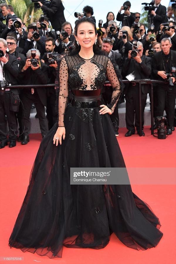 Loạt mỹ nhân 'vớt vát' hình ảnh cho Trung Quốc tại thảm đỏ Cannes 2019 Ảnh 19