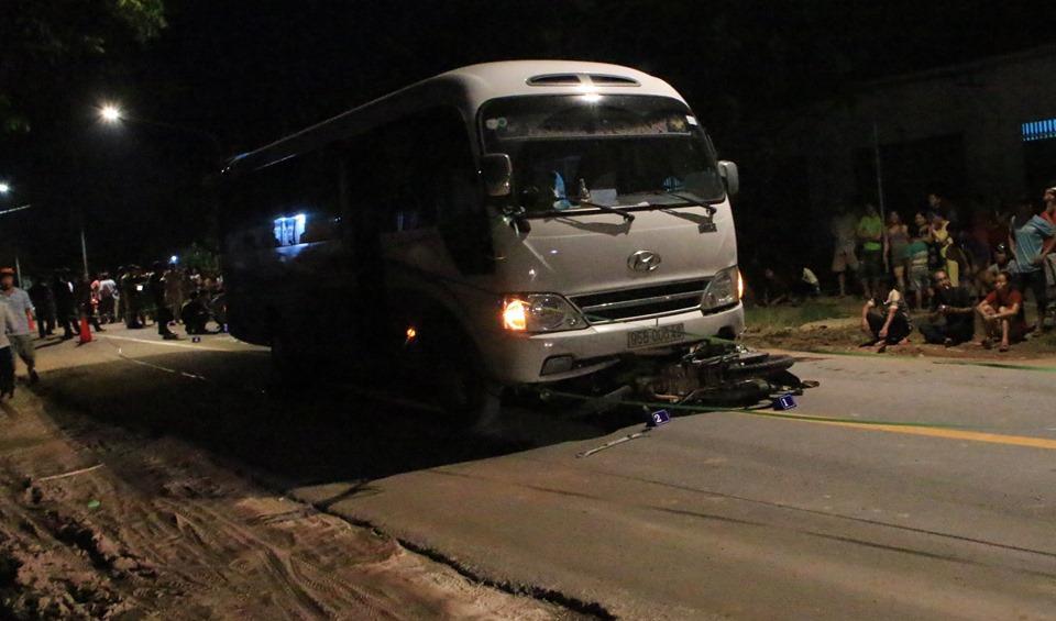 2 người tử vong trong đêm sau tiếng va chạm mạnh trên đường Ảnh 1