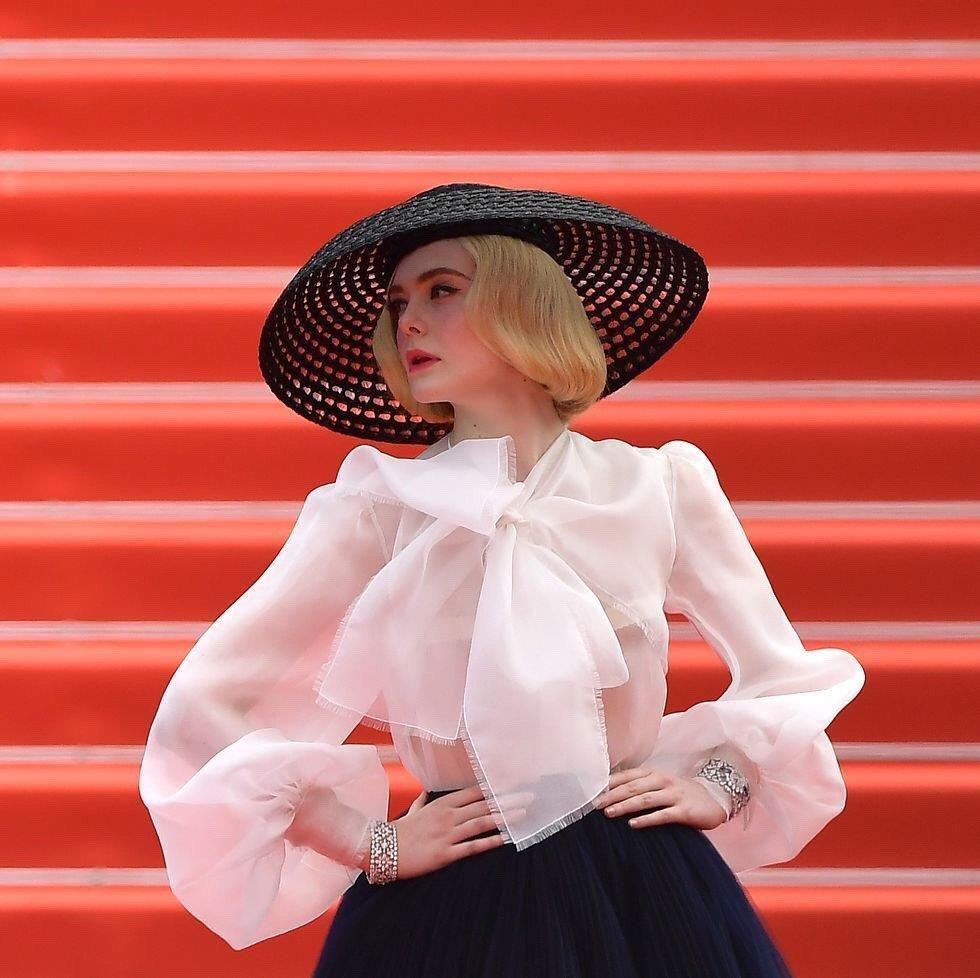 Elle Fanning - tiểu thư yêu kiều giữa dàn sao mặc lố tại Cannes Ảnh 6