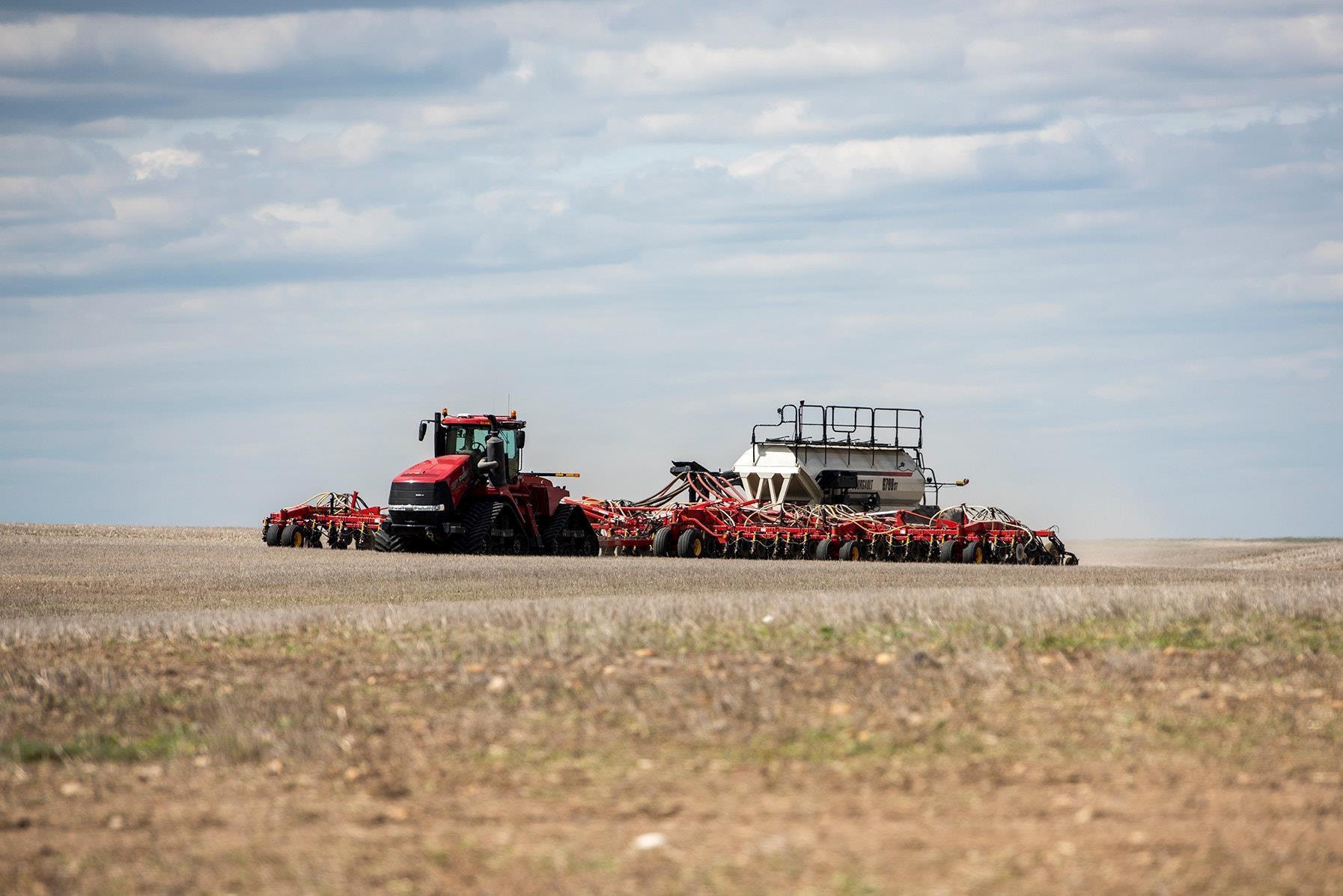 Ông Trump cấm vận Huawei, nông dân Mỹ lãnh đủ Ảnh 3
