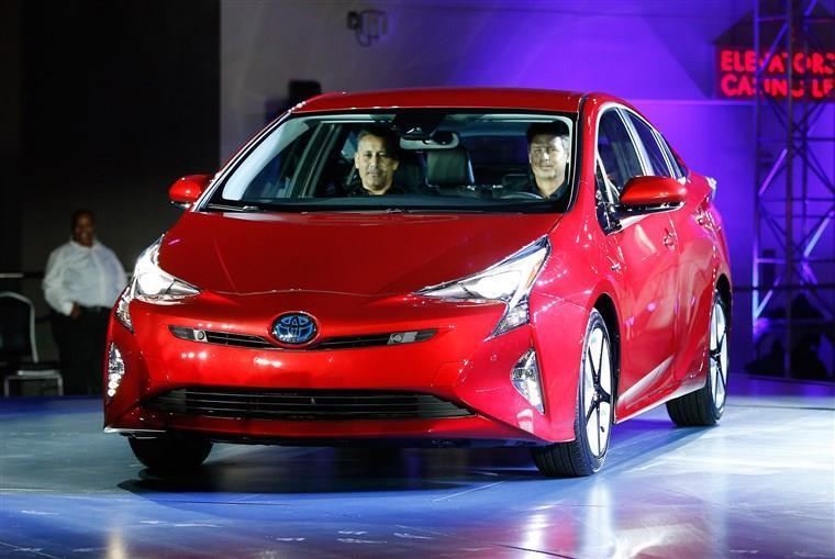 Toyota chậm thay đổi, xe sang bị chê xấu như cá Piranha Ảnh 3