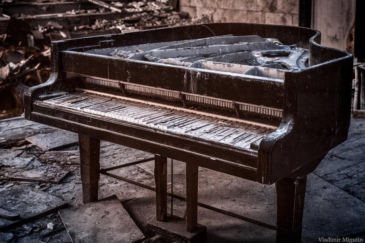 Vùng đất chết Chernobyl hóa xứ thần tiên qua ống kính nhiếp ảnh gia Ảnh 11