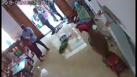 Vụ nhóm côn đồ đánh phụ nữ dã man: Phó giám đốc công an tỉnh chỉ đạo nóng Ảnh 1