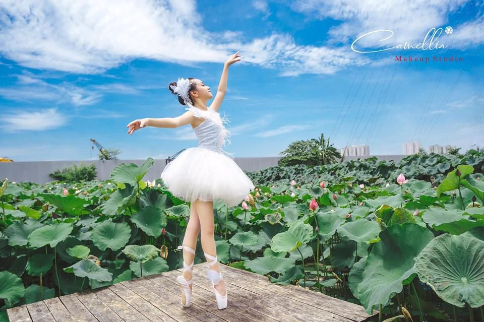 Mãn nhãn bộ ảnh vũ công nhí múa ballet, diện cổ trang bên Quốc hoa Ảnh 4