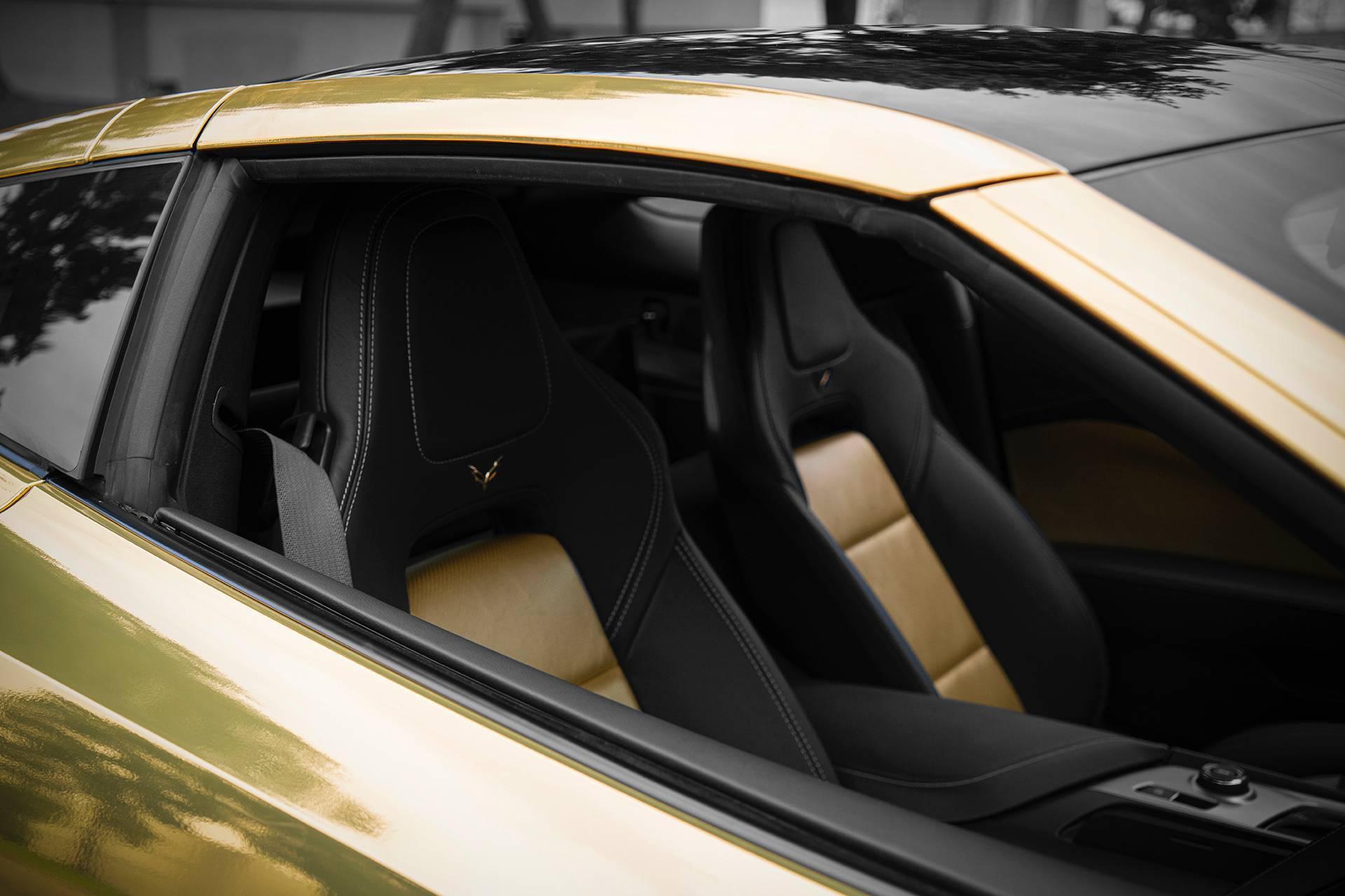 Lóa mắt với chiếc xe màu vàng bóng nổi bật trên phố Ảnh 11
