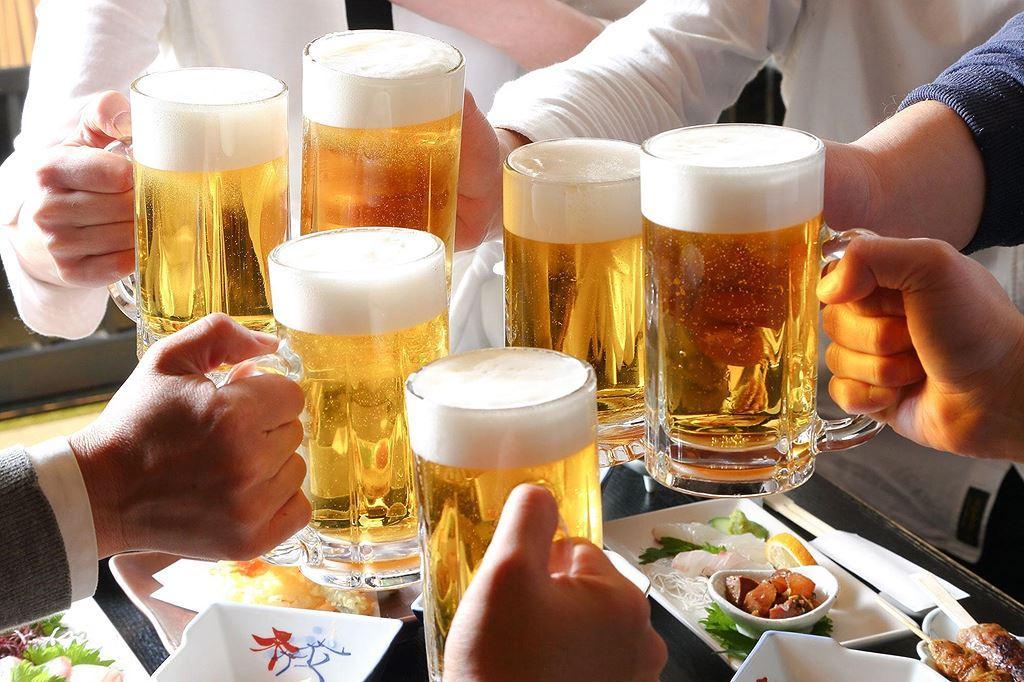 Điều thú vị ở quốc gia người dân uống bia mọi lúc mọi nơi Ảnh 5