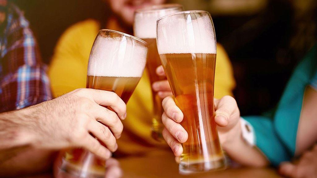 Điều thú vị ở quốc gia người dân uống bia mọi lúc mọi nơi Ảnh 4