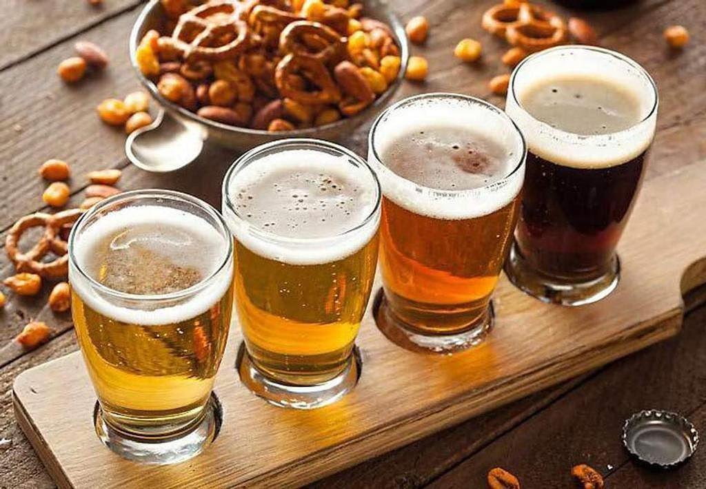 Điều thú vị ở quốc gia người dân uống bia mọi lúc mọi nơi Ảnh 1