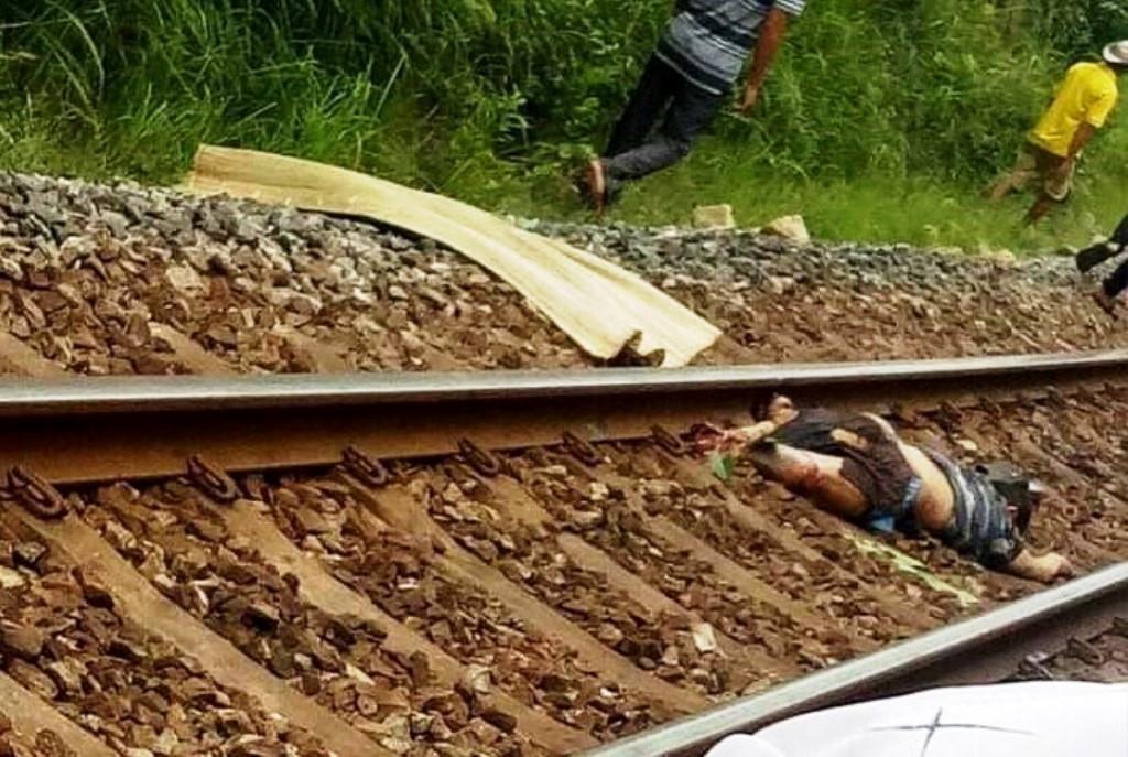 Băng qua đường sắt, người đàn ông bị tàu hỏa tông tử vong Ảnh 1