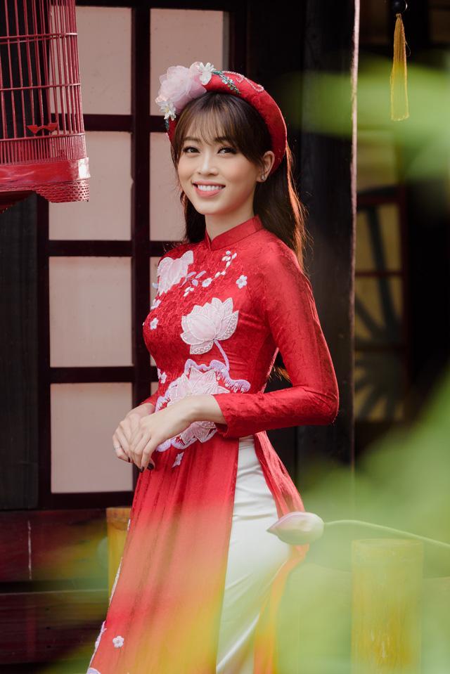 Bạn gái 'trong phim - ngoài đời' của diễn viên Bình An bỗng nhiên chạm mặt, đọ sắc Ảnh 4