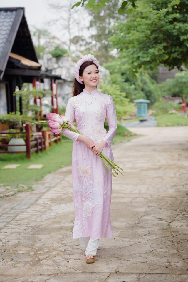 Bạn gái 'trong phim - ngoài đời' của diễn viên Bình An bỗng nhiên chạm mặt, đọ sắc Ảnh 2