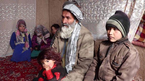 Cuộc sống ngột ngạt của những bé gái bị cha mẹ ép biến thành con trai để kiếm tiền nuôi sống cả gia đình Ảnh 3