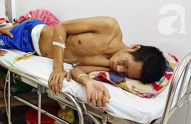 Mẹ nghèo bất lực nhìn con trai bị tai nạn nặng nề, nguy cơ phải đoạn chi mà không làm được gì Ảnh 1