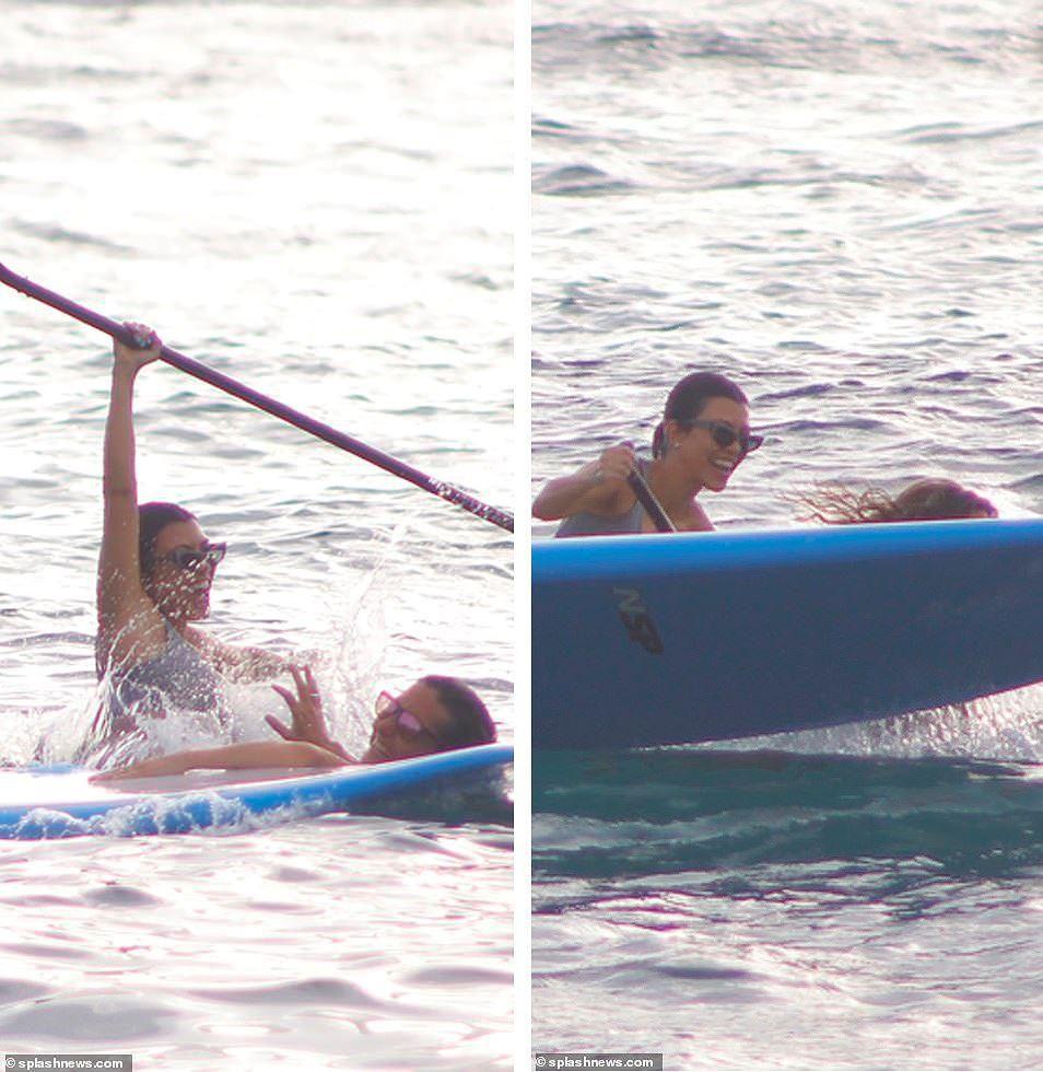 Chị cả nhà Kardashian 'thiêu đốt' bãi biển trong kỳ nghỉ cùng gia đình Ảnh 8