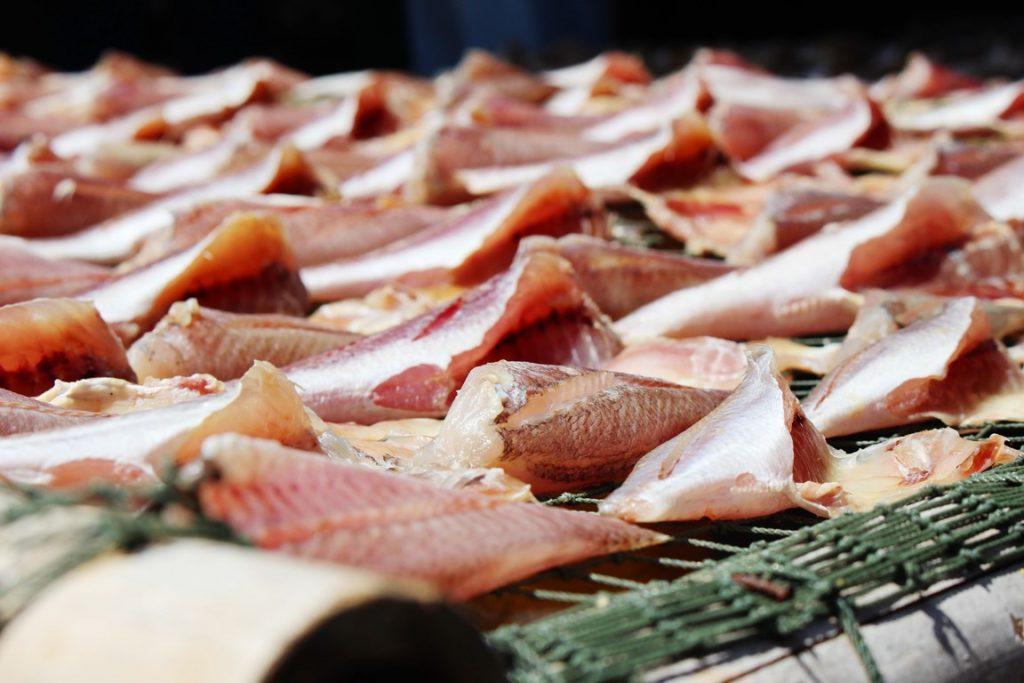 'Phượt' Cần Giờ, ghé chợ Đồng Hòa thưởng thức món ngon từ biển Ảnh 4