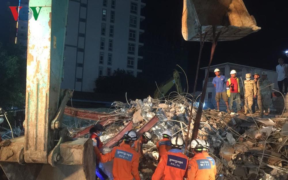 Sập nhà Trung Quốc xây ở Campuchia: Thủ tướng Hun Sen chỉ đạo cứu hộ Ảnh 2