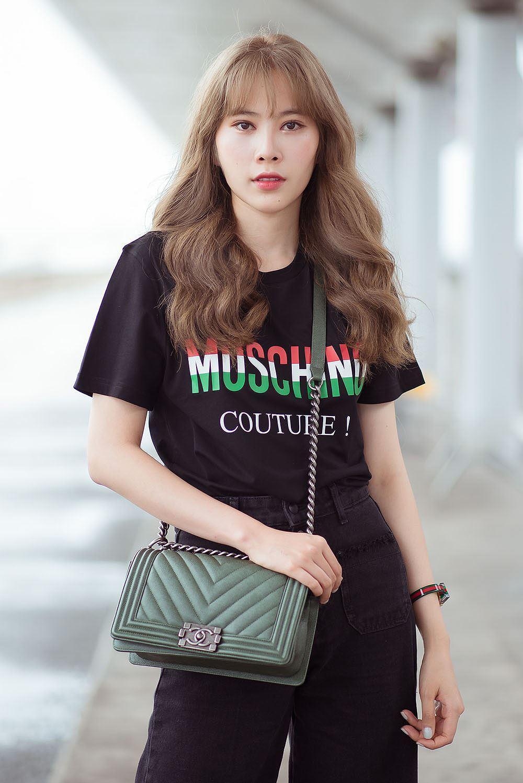 Nam Em bị nhầm là gái Hàn với mái tóc vàng hoe ở sân bay Ảnh 6