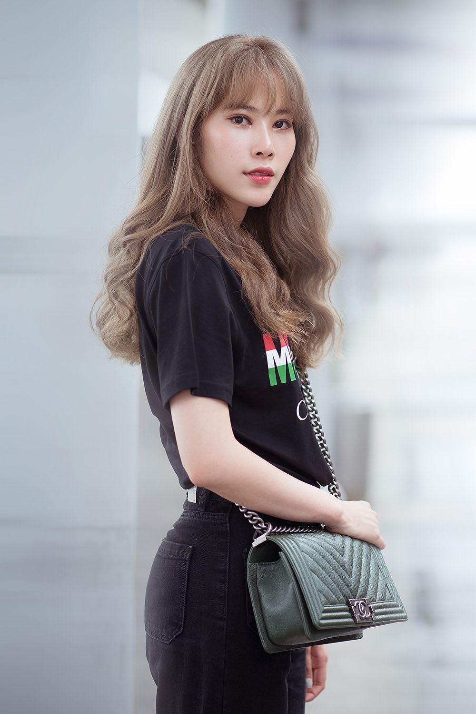Nam Em bị nhầm là gái Hàn với mái tóc vàng hoe ở sân bay Ảnh 7