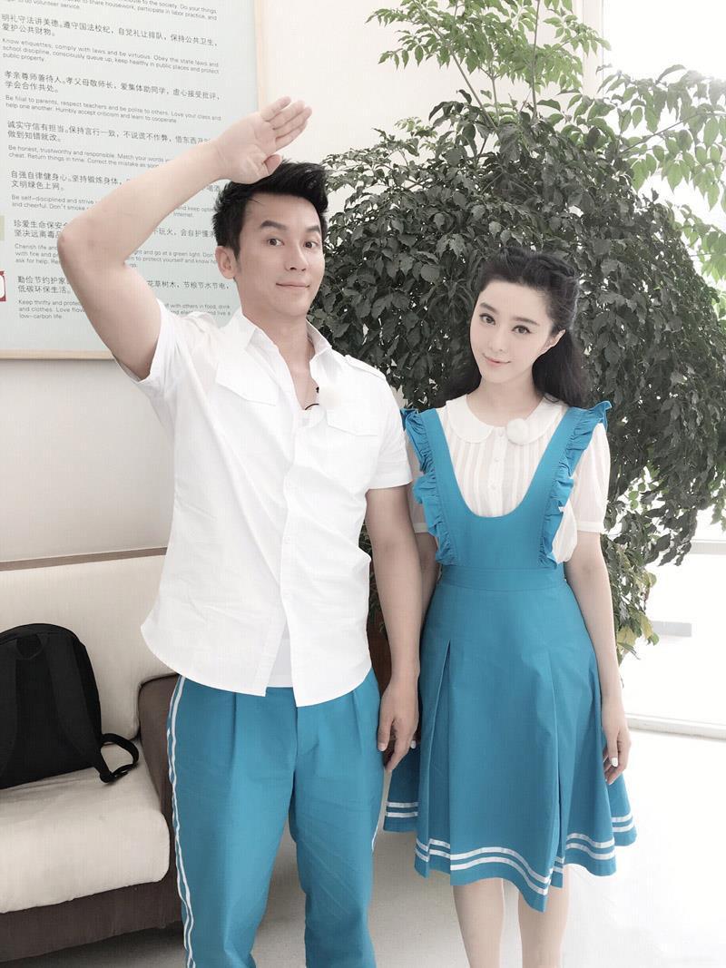 Những khoảnh khắc thời trang đôi của Phạm Băng Băng và Lý Thần Ảnh 9