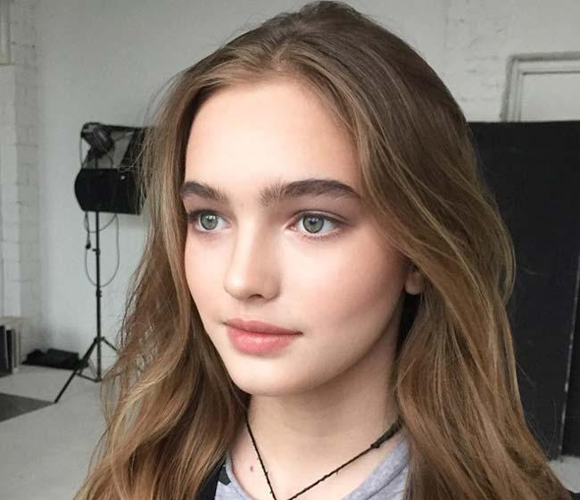 4 người đàn bà, thiếu nữ Nga đẹp 'nghiêng thành', nhìn xa ngỡ búp bê biết nói Ảnh 13