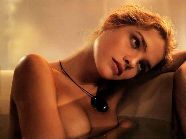4 người đàn bà, thiếu nữ Nga đẹp 'nghiêng thành', nhìn xa ngỡ búp bê biết nói Ảnh 10
