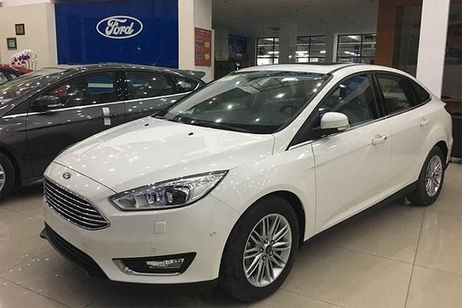 Bảng giá xe Ford tháng 7: Ford Focus có giá chỉ 560 triệu đồng Ảnh 1