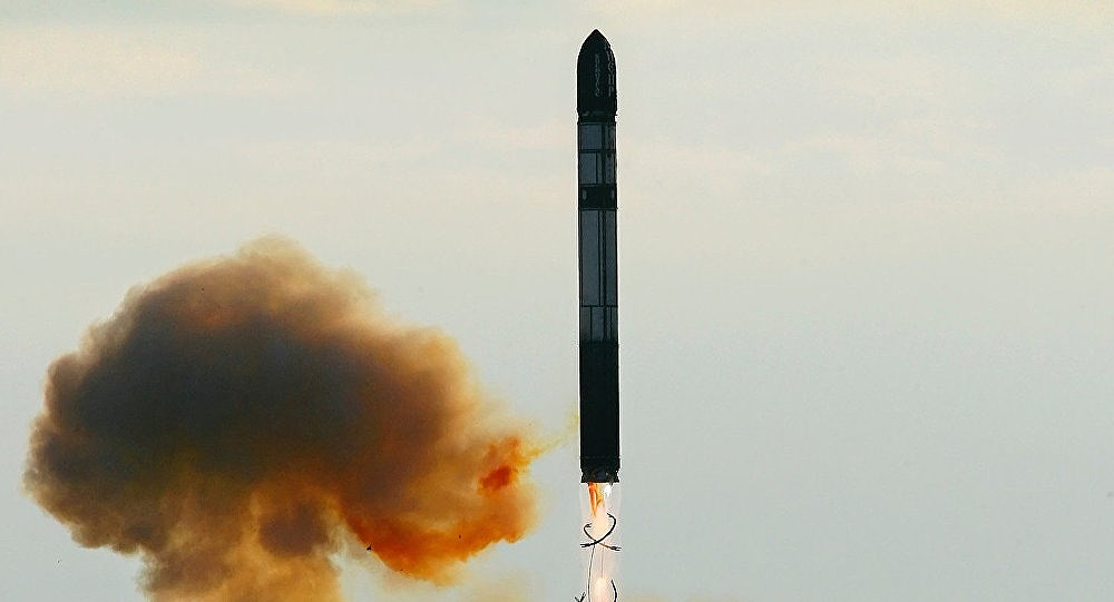 Nga muốn cải biên hàng loạt ICBM R-36 Voyevoda làm tên lửa phóng vệ tinh Ảnh 1