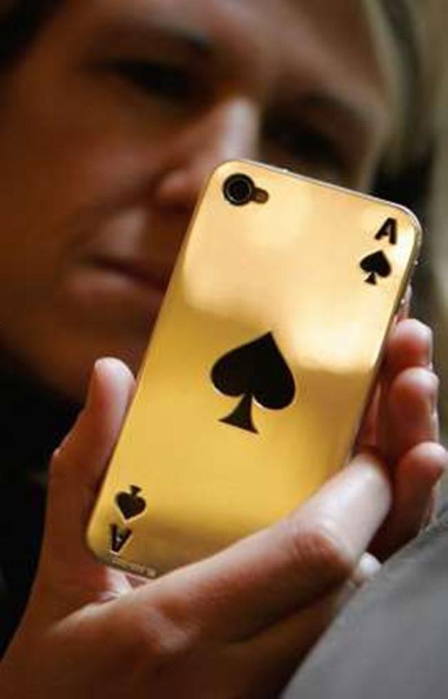 Từ nước chanh tới 'chỗ ấy' bằng vàng: Hóa ra giới nhà giàu ăn chơi thế này Ảnh 13