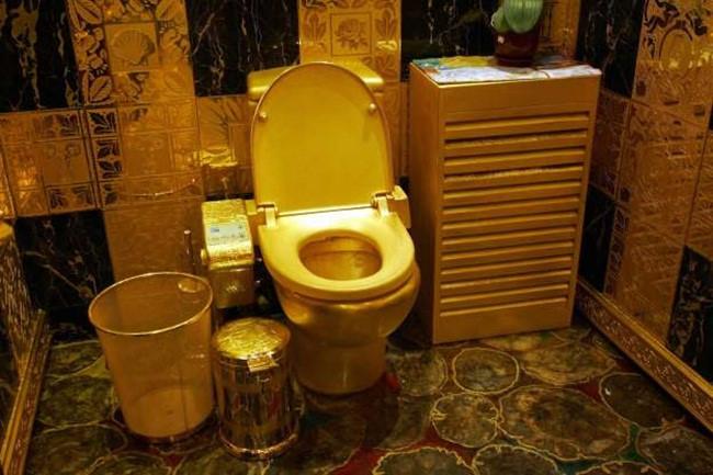 Từ nước chanh tới 'chỗ ấy' bằng vàng: Hóa ra giới nhà giàu ăn chơi thế này Ảnh 7