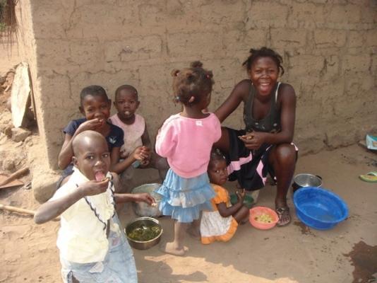 Liên hợp quốc cảnh báo nghèo đói đang gia tăng trên thế giới Ảnh 1