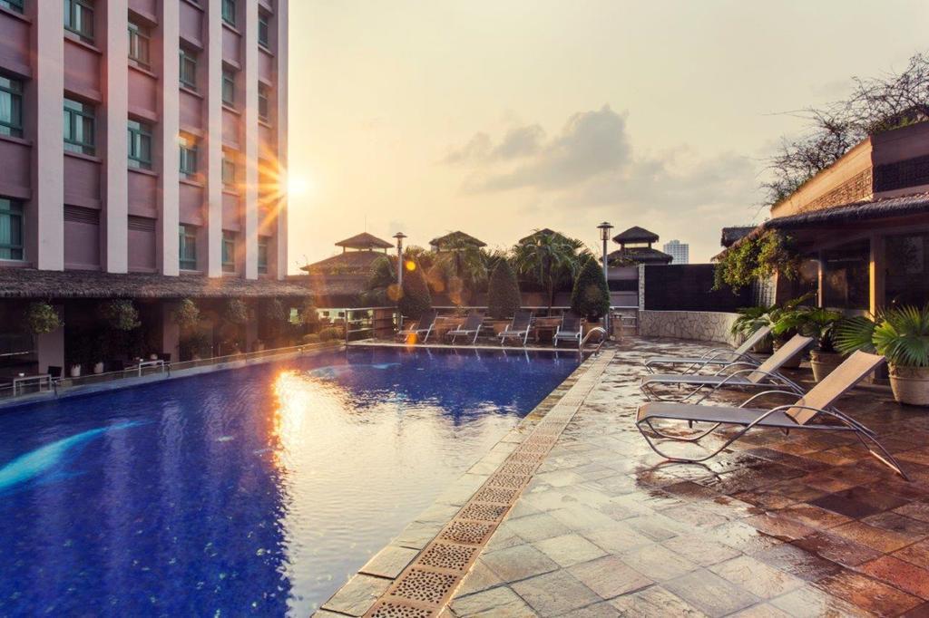 10 khách sạn, resort đẳng cấp 4 sao tốt nhất Việt Nam 2019 Ảnh 3