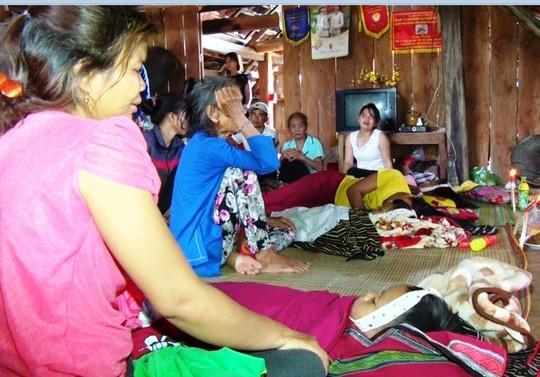 Khánh Hòa: 4 em nhỏ chết đuối thương tâm tại ao nước trước nhà