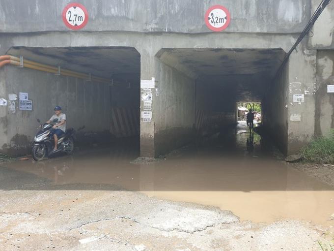 Khắc phục ngập úng tại các hầm chui dân sinh trên cao tốc Pháp Vân - Cầu Giẽ Ảnh 1