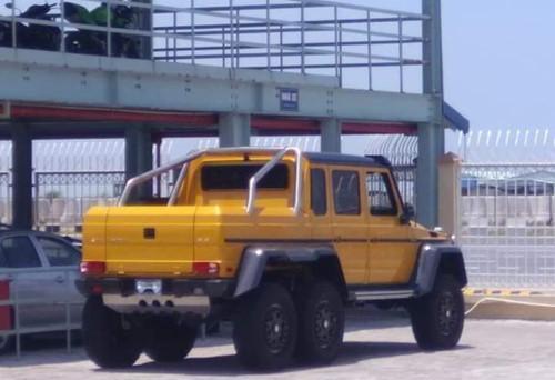 'Quái vật' Mercedes-AMG G63 6x6 đầu tiên về Việt Nam Ảnh 1