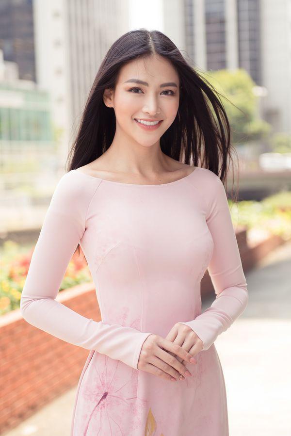 Ăn vận với hai thái cực khác nhau, Hương Giang - Sam chiếm sóng top sao đẹp tuần Ảnh 12