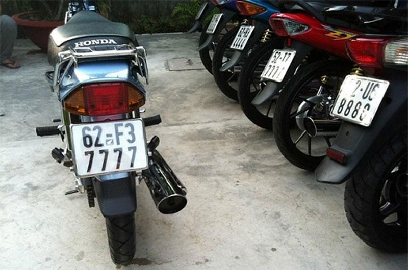 Ngắm dàn Honda Dream sở hữu 'siêu biển số' Ảnh 9