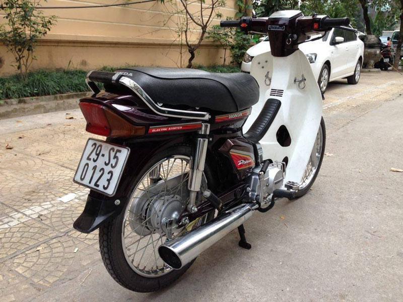 Ngắm dàn Honda Dream sở hữu 'siêu biển số' Ảnh 6