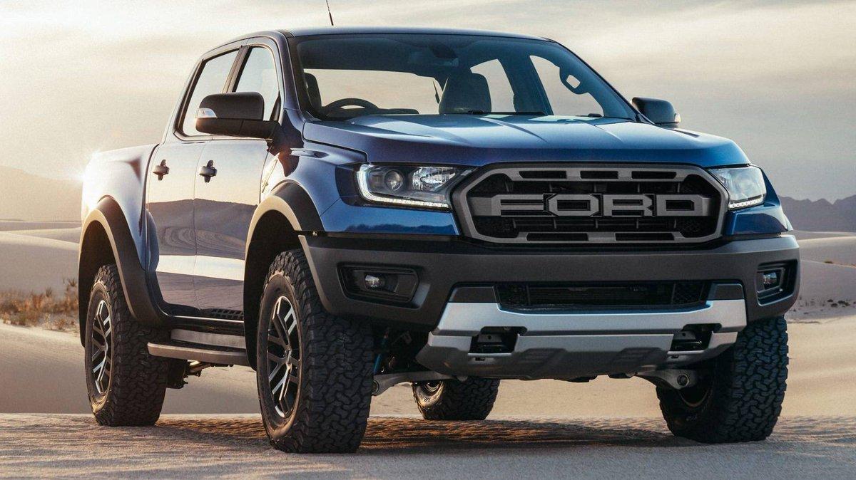 Bảng giá xe Ford tháng 8/2019 kèm khuyến mại: Thời cơ tốt để mua xe Ảnh 1