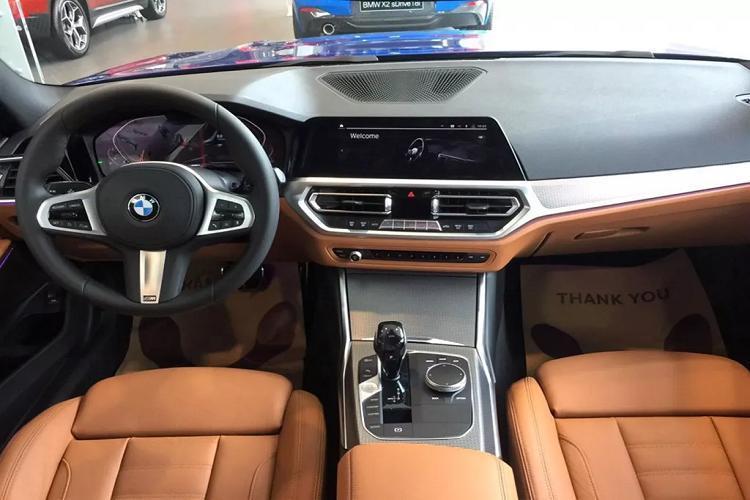 Cận cảnh BMW 330i M Sport giá 2,38 tỷ đồng tại Việt Nam Ảnh 3