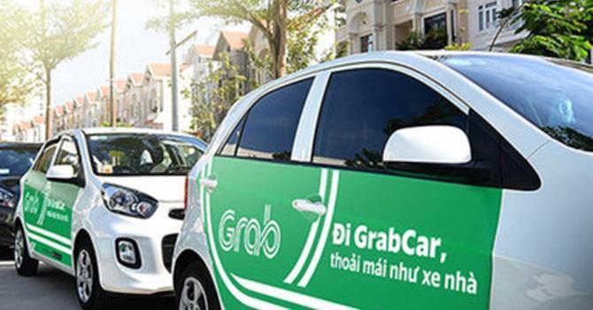Hiệp hội Taxi Hà Nội: Bỏ quy định buộc xe hợp đồng gắn mào, doanh nghiệp taxi hoang mang, lo lắng Ảnh 1