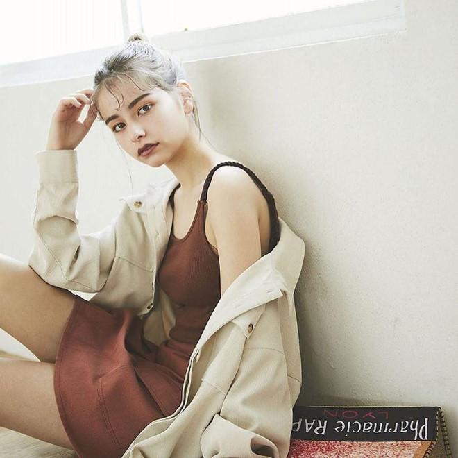 Hot girl 15 tuổi mang 5 dòng máu, quen mặt trên các tạp chí gợi cảm Ảnh 8