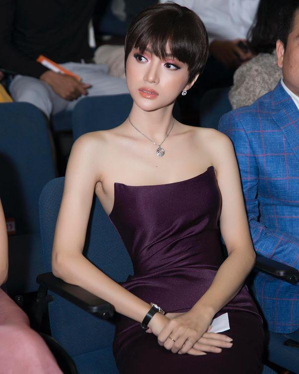 Hoa hậu Chuyển giới Quốc tế gây sốt với tóc tém, ngay lập tức Hương Giang được gọi tên Ảnh 6