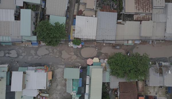 Chùm ảnh: Hàng trăm 'hố bom' xuất hiện trên đường Nữ Dân Công ở TP. Hồ Chí Minh Ảnh 2