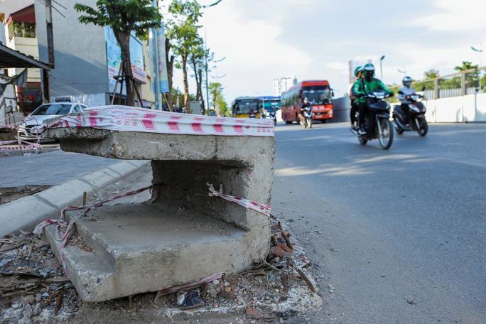 Những 'chiếc bẫy' chết người rình rập trên đường Phạm Văn Đồng Ảnh 7
