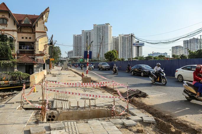 Những 'chiếc bẫy' chết người rình rập trên đường Phạm Văn Đồng Ảnh 15