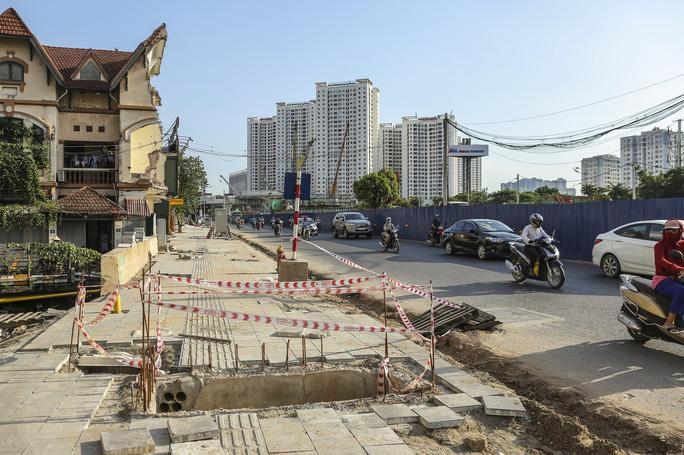 Những 'chiếc bẫy' chết người rình rập trên đường Phạm Văn Đồng Ảnh 9