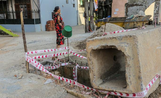 Những 'chiếc bẫy' chết người rình rập trên đường Phạm Văn Đồng Ảnh 6